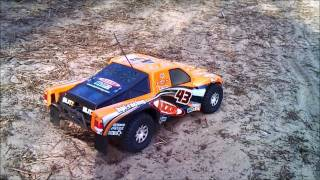 Hpi Blitz Flux Brushless bash 2s lipo 30C