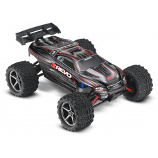 Радиоуправляемая машина TRAXXAS E-Revo 1/16 4WD RTR + NEW Fast Charger